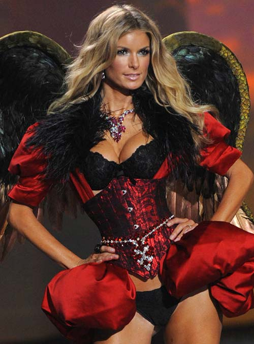 Best Lingerie Models of All Time: Marisa Miller
