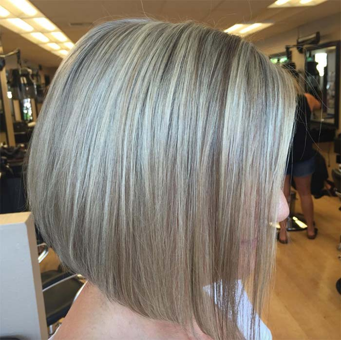 Haircuts & Hairstyles for Women Over 50: Greying Blonde Highlights