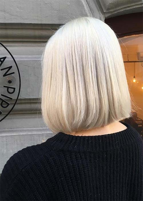 Haircuts & Hairstyles for Women Over 50: Island Blonde Lob