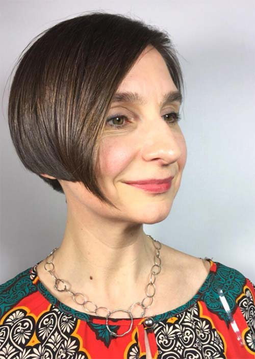 Haircuts & Hairstyles for Women Over 50: Brunette Lob with Fringe