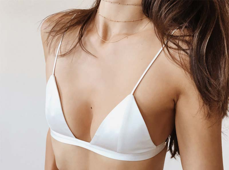 a62b39be4e8e0 How to Choose the Best Bras for Small Breasts - Glowsly