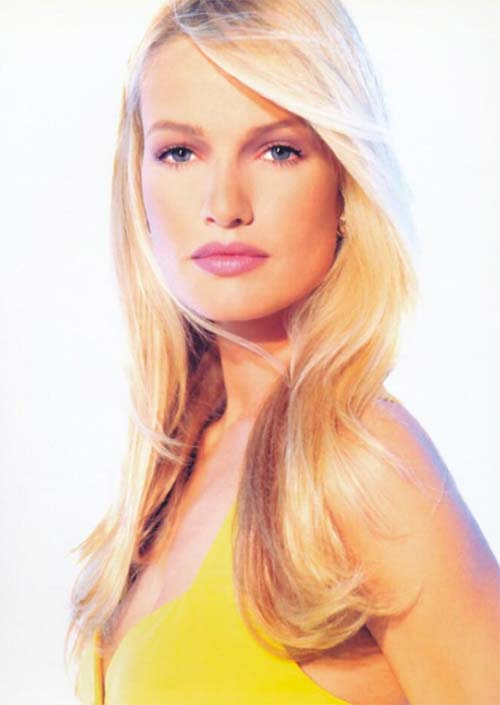 Tallest Models In Fashion History: Karen Mulder