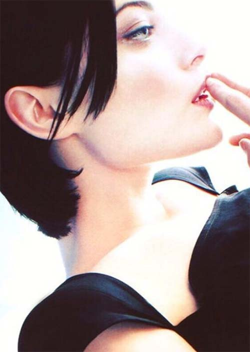 Tallest Models In Fashion History: Shalom Harlow