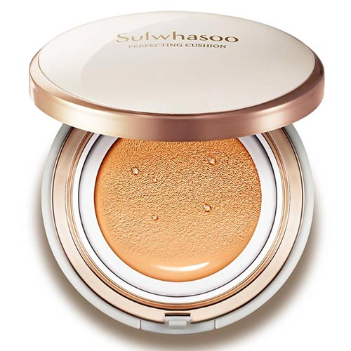 Best Cushion Foundations for Dry Skin: Sulwhasoo Perfecting Cushion Foundation Compact