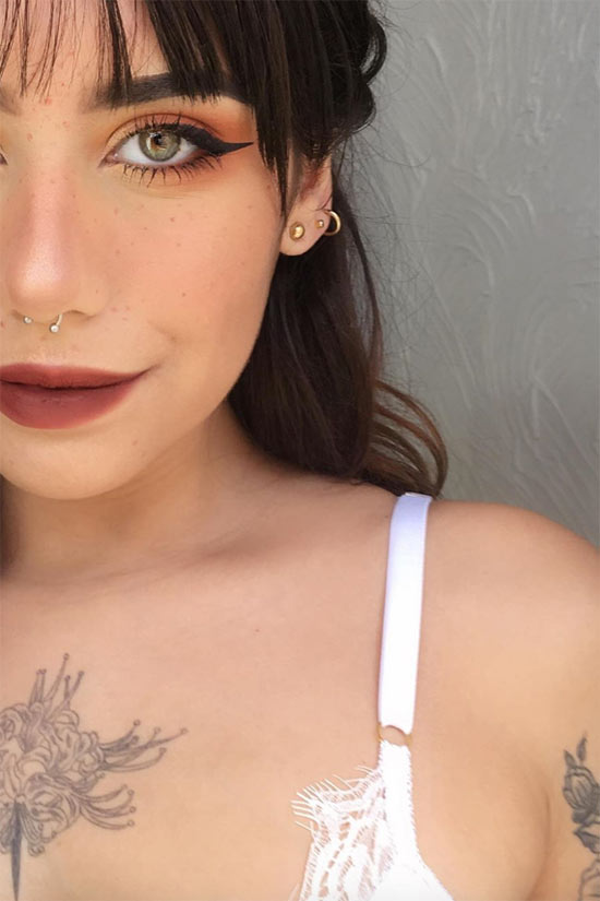 Faux/ Fake Freckles Makeup Tips