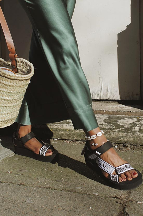 How to Choose the Right Chunky Sandals for You?