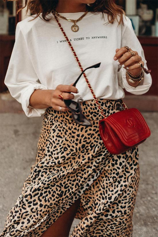 How to Wear Crossbody Bags