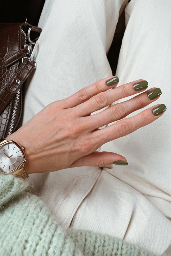 How to Choose the Best Green Nail Polish Color for Your Skin Tone