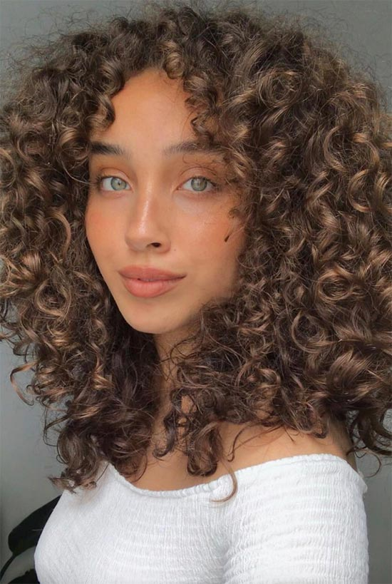 How to Choose the Best Shampoo for Curly Hair