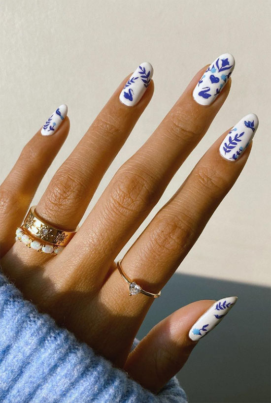 How to Remove Nail Stickers and Nail Tattoos?